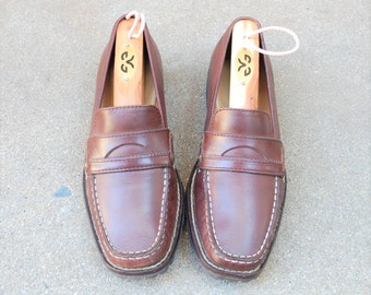 Vintage Womens 5.5b Cole Haan Slip On Penny Loafers Classic Dress Casual Loafers Chukka Desert Boho Hipster Preppy Spring Summer Fashion