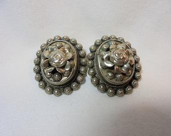 Vintage Sterling Silver Earrings Tested 925 Clip On 12.6 Grams Ornate Flowers Art Nouveau Artisan Boho Retro