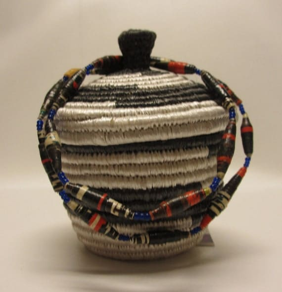 African Baskets With Lids: Small Black And White African Woven Handmade Basket With Lid