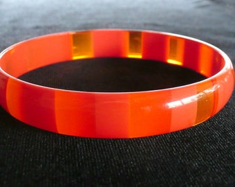 Bright Red Bangle Stripe & Clear Lucite Bracelet 1960s Fun!