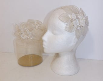 Vintage 1960s X2 matching bridesmaid bridesmaids wedding headpiece headband headdress ivory cream floral flower leaf in original box