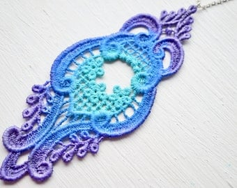 Lace Necklace in Blue and Purple Ombre