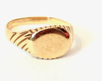 Gold Engraveable Signet Ring, 10k, Yellow Gold, Vintage, 1950's