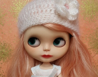 White Mohair Hat with Flower for Blythe