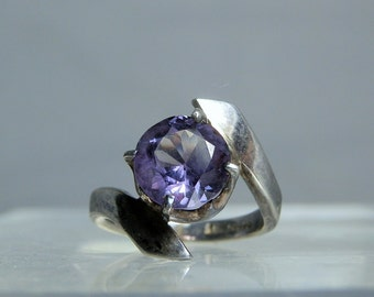 Vintage Synthetic Sapphire Sterling Silver Size 7.5 ring Round Cut Sapphire Made In Taxco Mexico DanPickedMinerals