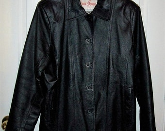 Vintage Ladies Black Leather Jacket by Gianni Ferrara Large Only 12 USD