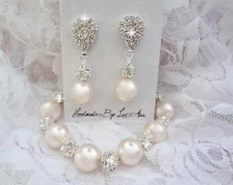 Chunky pearl bracelet and earring set, Swarovski pearl jewelry set, Brides pearl jewelry set, Chunky bridesmaids pearl jewelry set, LOLITA
