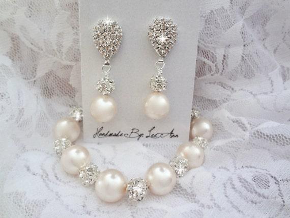 Chunky pearl bracelet and earring set, Swarovski pearl jewelry set, Brides pearl jewelry set, Chunky bridesmaids pearl jewelry set, LOLITA