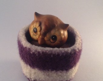 felted wool bowl, felted wool container, wool basket, desktop storage, jewelry holder, square shaped plum and cream colored