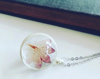 Flower Necklace, Glass Bulb, Magnifying Glass, Personalised Terrarium Jewelry, Add Initial, Pink Petal, Silver Chain, Necklace Gift