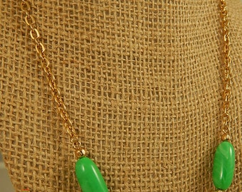 Green and White Beaded Gold Chain Necklace