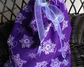 Holiday Gift Bag, Purple Drawstring Bags, Snowflakes on Purple Shoe Bag, Reusable Sorage Bag