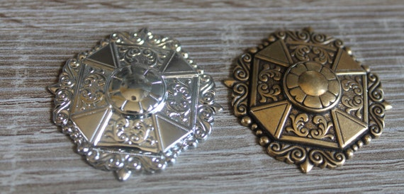 Vintage Brass Medalion, Silver Brass Plated, Cabochon, Ornate, Dapped, Vintage Brass Stamping, Brass Filigree Round, Large, 1 Stamping
