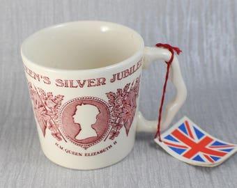 1977 Queen Elizabeth II Silver Jubilee Mug Commemorative Mason's Ironstone Brand