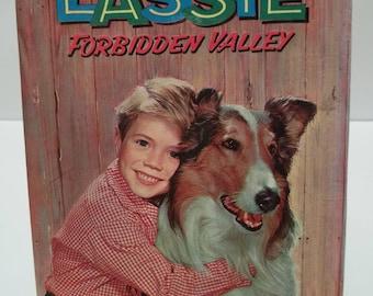 Vintage 1959 LASSIE Forbidden Valley Whitman Publishing Book
