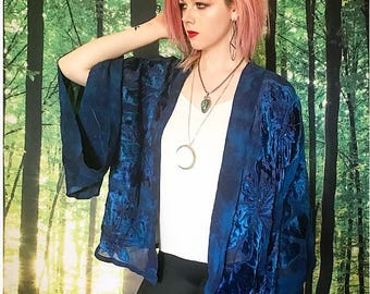 1970s Sheer Electric Peacock Blue Burnout Velvet Cropped Kimono