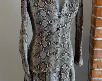Vintage Diane Von Furstenberg Python  Print Stretch Jersey Shirt & Skirt Set Size 6