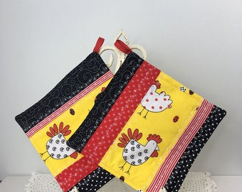 Scrappy Diva Hot Pads - Chicken Scratch - Quilted Cotton Pot Holders - Quilted Hot Pads