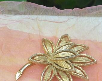 1970's Avon 3D Brooch - Brushed Gold, Delicate Petals, Signed - Vintage - Fabulous!