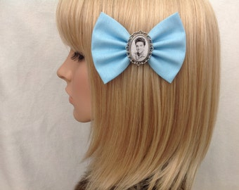 Elvis Presley hair bow clip rockabilly psychobilly kawaii pin up punk cameo jailhouse rock vintage retro music singer band accessories