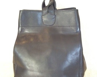 Genuine vintage ELLINGTON black leather backpack rucksack travel bag