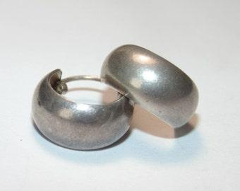 "SE450 Vintage Estate Sterling Silver Small Hoop Hoops Circle Round Pierced Earrings 2 grams .925 Jewelry Jewellery For Her 0.5"""