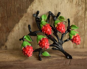 Black Strawberry Tree Brooch - Strawberry brooch - Vintage strawberry jewelry - black fruit pin - Retro brooch - fruit brooches