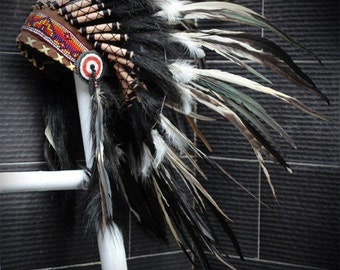 X01  White and black Feather Headdress / Warbonnet.Native American Style