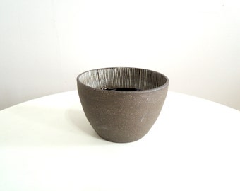 Black and white striped stoneware bowl, large size