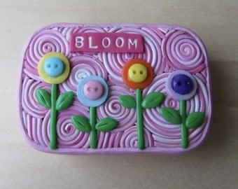 Polymer Clay Hinged Tin, Button Flower Garden Art, Gift for Teacher, Storage Tin, Keepsake Gift Box, Pill Stash Box, Upcycled Altoids Tin