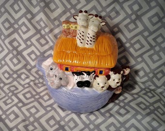 Noah's Ark Cookie Jar - Adorable Animals - Children's Bible Story