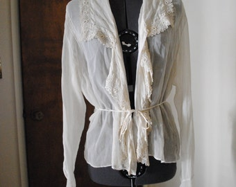 Vintage Sheer & Delicate Off White Lace Button Up Blouse // Size Small
