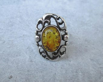 Antique amber ring, Art Deco amber ring, sterling silver, silver Gr. 54, US size 6.8 UK size N, antique jewelry