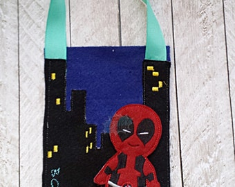 Finger Puppet Storage Bag Cityscape, Comic Inspired Bag, Night Time City WITH PUPPET