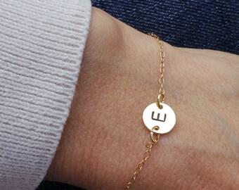 Dainty initial bracelet.Personalised disc bracelet. Gold fill disc bracelet. Initial bracelet. Bridesmaid gift. Dainty bracelet.