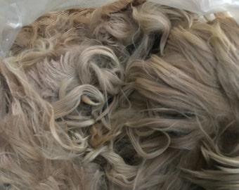 raw suri alpaca fiber - natural Lt. / Med. fawn blend