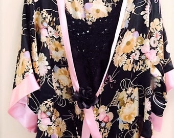 Ultra Chic Cover, Lovely Floral Top, Feminine Top, Black and Pink Top, Tops and Tees, Chic Top
