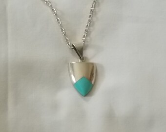 Sterling Silver & Turquoise Necklace. (238)