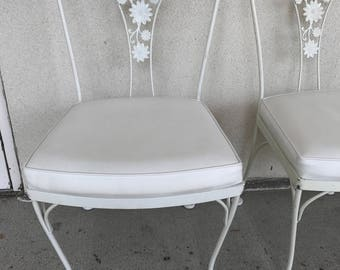 Vintage Woodard Daisy Floral Patio Chairs   Set Of 4