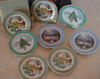 Vintage Avon MINIATURE CHRISTMAS PLATES 1978, 1979, 1980,  3 inches across, Excellent Vintage condition, ships in 24 hours