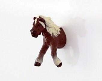 """Fridge Magnet """"Dark brown-white horse"""""""