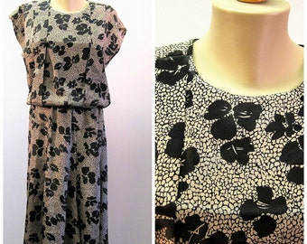 Vintage 80s Floral Print Dress / Beige Black Silky Career Dress