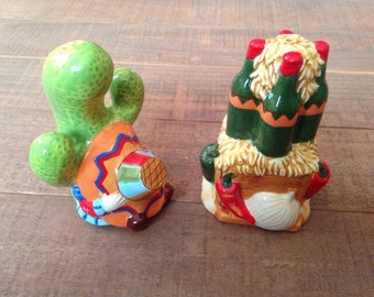 Siesta Salt and Pepper Shakers, Tex Mex Salt and Pepper Shakers, Cactus Salt and Pepper Shakers, Kitchen Decor