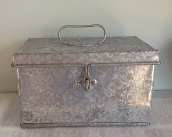 Metal box with handle