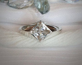 Sparkling Men's White Sapphire Ring ~ 925 Sterling Silver ~ Size 10