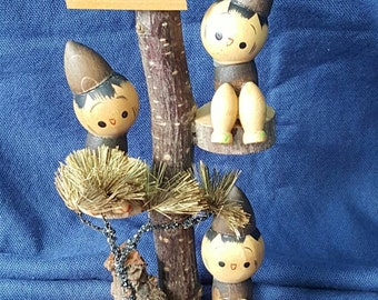 On sale! Beautiful Vintage Kokeshi Doll Three Tree Climbing Kokeshi