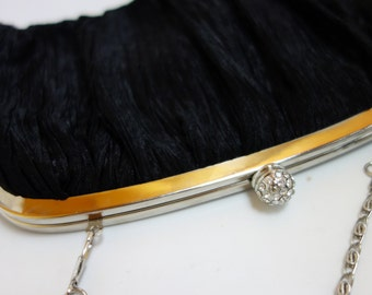 Vintage 1980s black Neiman Marcus convertible clutch w/crystal closure MINIMALIST high-end cocktail black tie formal prom funeral wedding