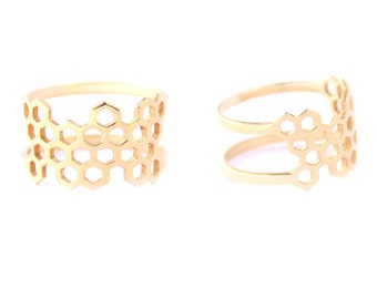 Honeycomb minimalist double-sided 18K gold plated ring (1 piece)