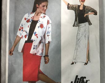 Simplicity 9307 - 1970s Jiffy Tank Top, Skirt with Side Slit, and Kimono - Size 14 Bust 36