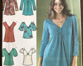 Simplicity 3624 - Raised Waist Top or Tunic with V Neckline - Size 14 16 18 20 22
